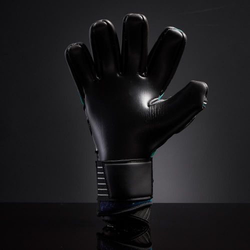 SLYR-Aurora-Negative-Cut-Goalkeeper-Gloves-9