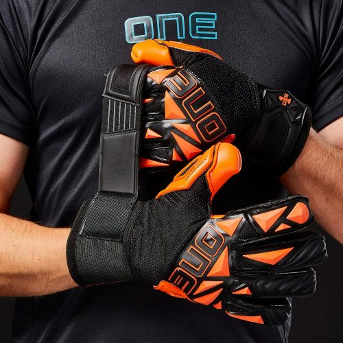 SLYR-Blaze-Negative-Cut-Fingersave-Goalkeeper-Gloves-3
