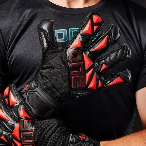 SLYR-EJ1-Hybrid-Cut-Fingersave-Goalkeeper-Gloves-1